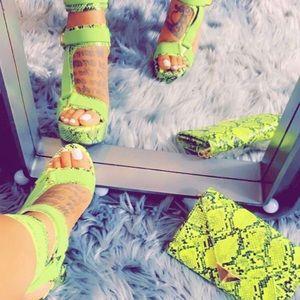 🐍Lime green shoe & Bag set
